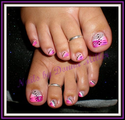 Pink and Purple Toes by NailsbyDonna - Nail Art Gallery nailartgallery.nailsmag.com by Nails Magazine www.nailsmag.com #nailart