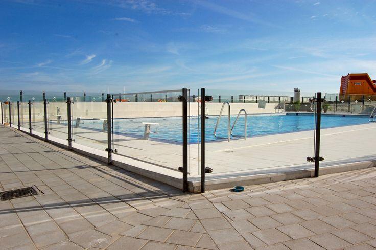 rotules for pool balustrade