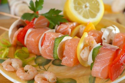 Brochettes de saumon, crevette et citron !