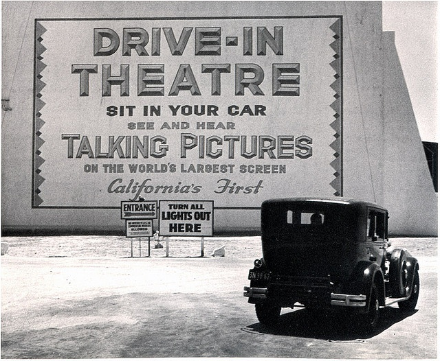 Los Angeles 1935 (1st drive-in theatre in the state)
