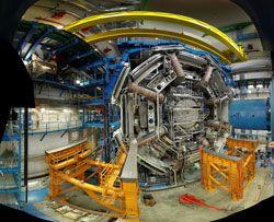 Large Hadron Collider og sorte huller