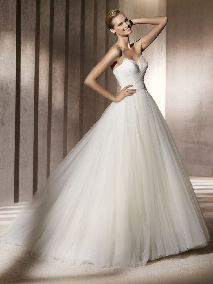 pronovias wedding dresses prices - dresses for wedding party Check more at http://svesty.com/pronovias-wedding-dresses-prices-dresses-for-wedding-party/