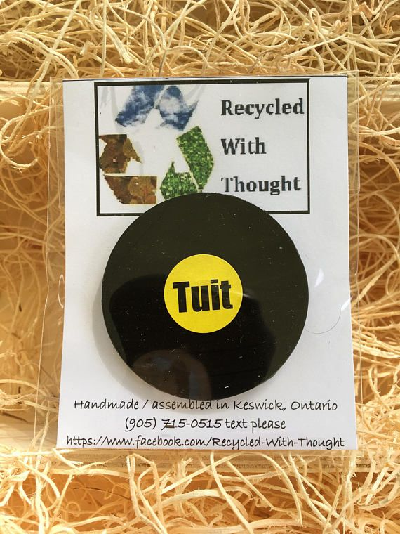 Re-purposed vinyl record Round-Tuit fridge magnet