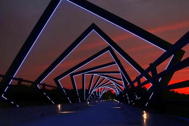 beautiful bridges   High Trestle Bridge, Iowa, USA