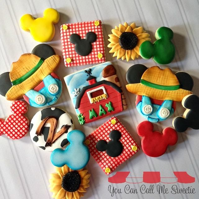 MIckey Mouse farm cookies