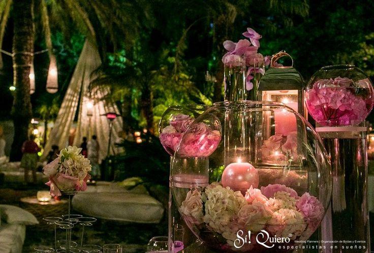 #Montaje de #Velas y #Flores // #Candle and #flowers #setup | Goyo #Catering (2014) #Wedding #Manilva #Boda #Buffet #Desserts #Postres Wedding Planner: @siquiero