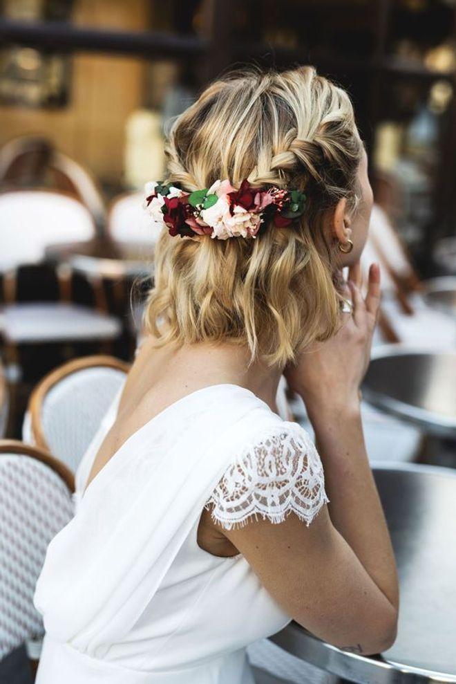 40 Idees De Coiffures De Mariage Pour Cheveux Mi Longs En 2020 Coiffure Demoiselle D Honneur Coiffure Boheme Mariage Coiffure Mariee