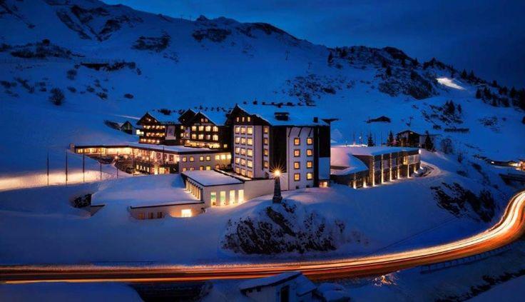 Der nächste Winter kommt bestimmt im Hotel Zürserhof ***** Ski & Well-being ResortHOTEL ZÜRSERHOF *****S  #leadingsparesort #wellness #ski #winter #tirol #zürs #angebote #pauschalen #aureus #diamond #luxus #5star #4star #superior #праздник #здоровье #Австрия #オーストリア  #النمسا  #Лыжный  #зима