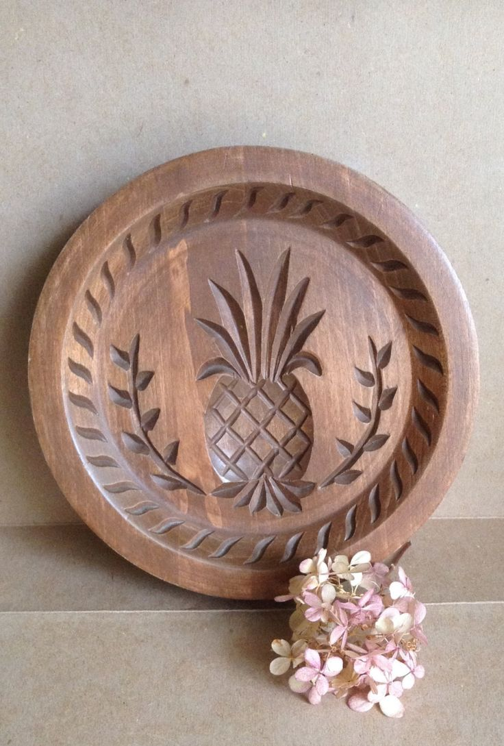 Vintage Wood Carved Pineapple Plaque...Dillon Carving...Hospitality Hanging...Primitive Decor...Welcome Pineapple... by 1840VintageLane on Etsy