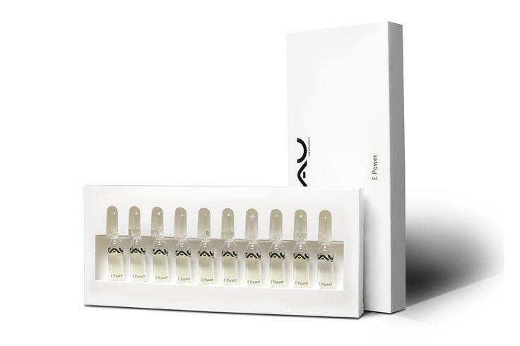 """""""RAU E Power Ampullen"""" zijn door de amandelolie rijk aan vitamine E en dat zorgt ervoor dat het waterbindingsvermogen van de huid verhoogd wordt en de huid wordt gekalmeerd. De negatieve invloed van vrije radicalen en de hoeveelheid beschadigde cellen door UV straling kan door het gebruik verminderd worden. Een regelmatig gebruik van vitamine E kan een beschermende werking tegen UV straling geven. Door verzorgingsproducten met amandelolie te gebruiken kan de natuurlijke vochtbalans ..."""