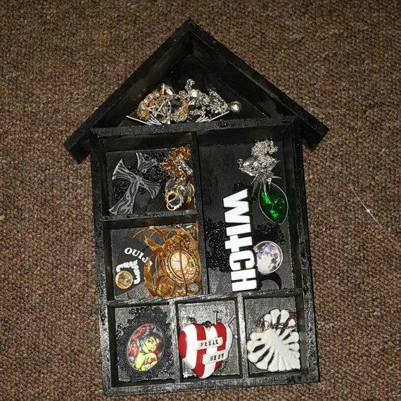 Hand decorated jewellery display box alternative style