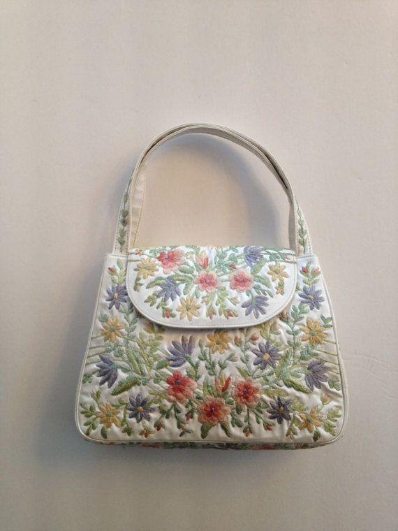 Ricamo vintage borsa borsetta floreale / finto di VintageByBeth