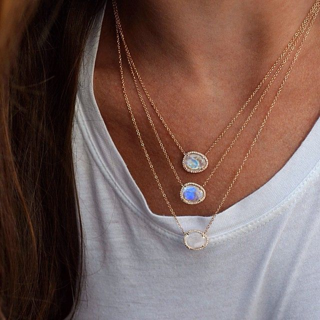 She wore her collection of moonstones dripped around her neck ✨ #lunaskyejewelry