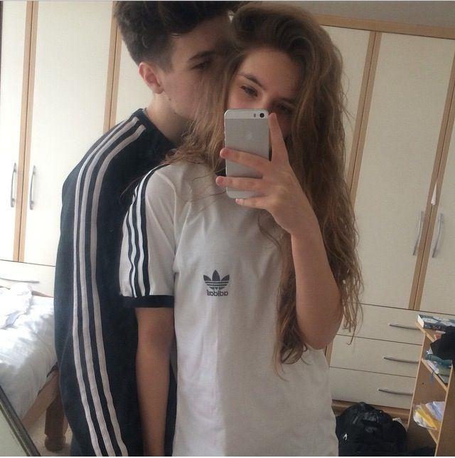 couple mirror Teen selfie
