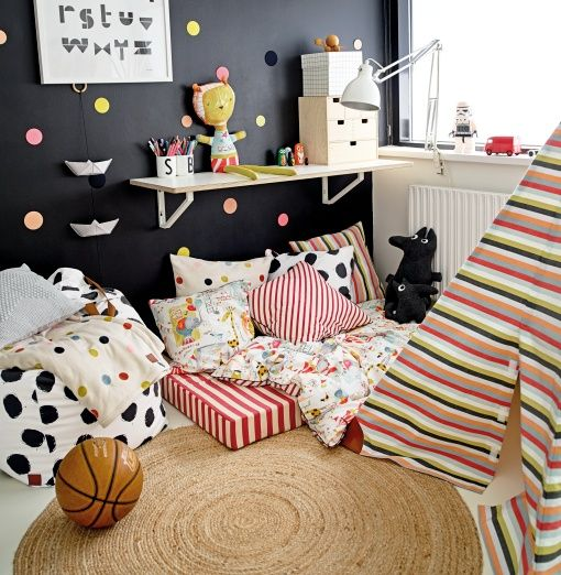 Cotton white w abstract circus print - Stoff & Stil - DIY kid's room