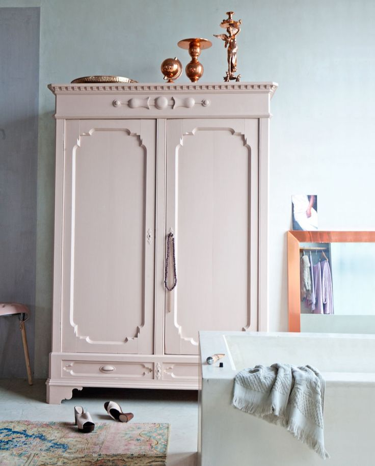 woonhome-cream-woontrends-2016-kledingkast-roze-koper