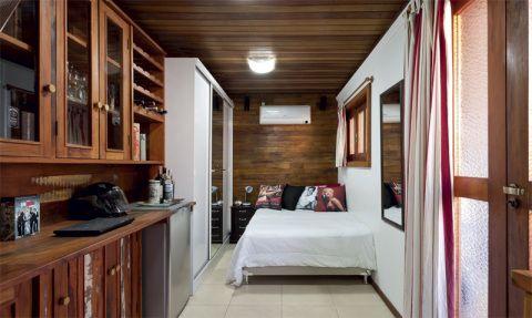 Casa pequena montada em um contêiner: pequena, mas bem organizada. Publicada na revista MINHA CASA
