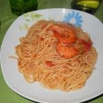 i miei spaghetti con gamberi e pomodoro !!!!!!!!!!!!!!!