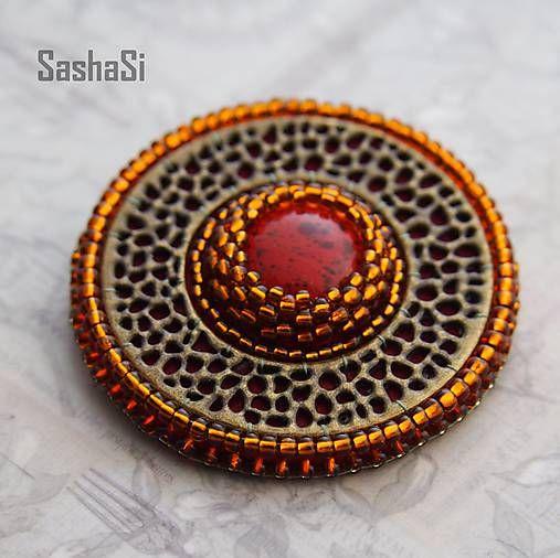 SashaSi / Brošňa okrúhla - červená