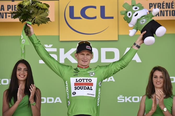 André Greipel (Lotto Soudal) in the green jersey - Stage 10