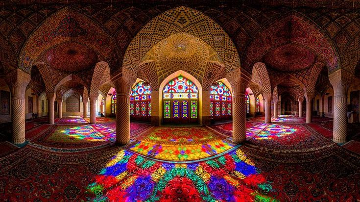 When Sunlight Hits this Mosque, It is Just Breathtaking - News - AmazingPlaces.com