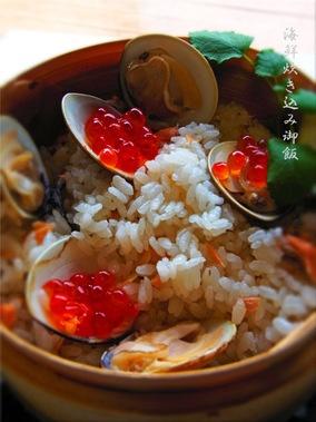 蛤・鮭・桜えび・いくらの海鮮炊き込みご飯