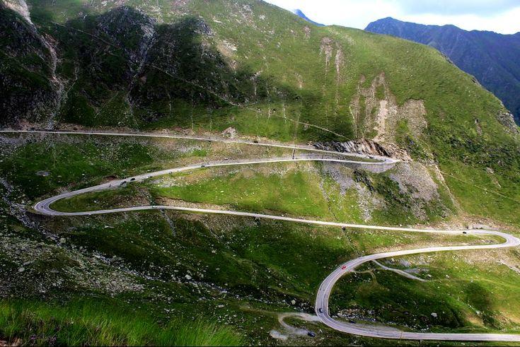 Transfagarasan road by mircea.fotograf.az
