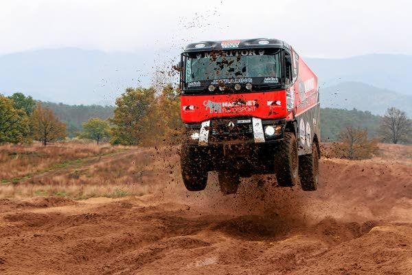 Team Mammoet Van den Brink Renault Truck