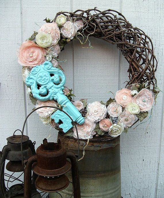 Not too shabby wreath...  Etsy <3