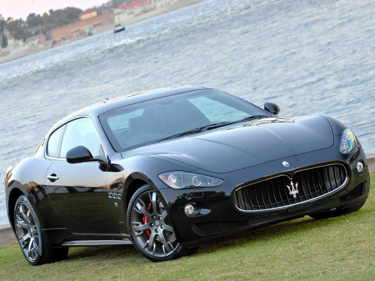 2008 Maserati GranTurismo S. I pinned this because I saw the exact same one on my way home from school and I love this car.