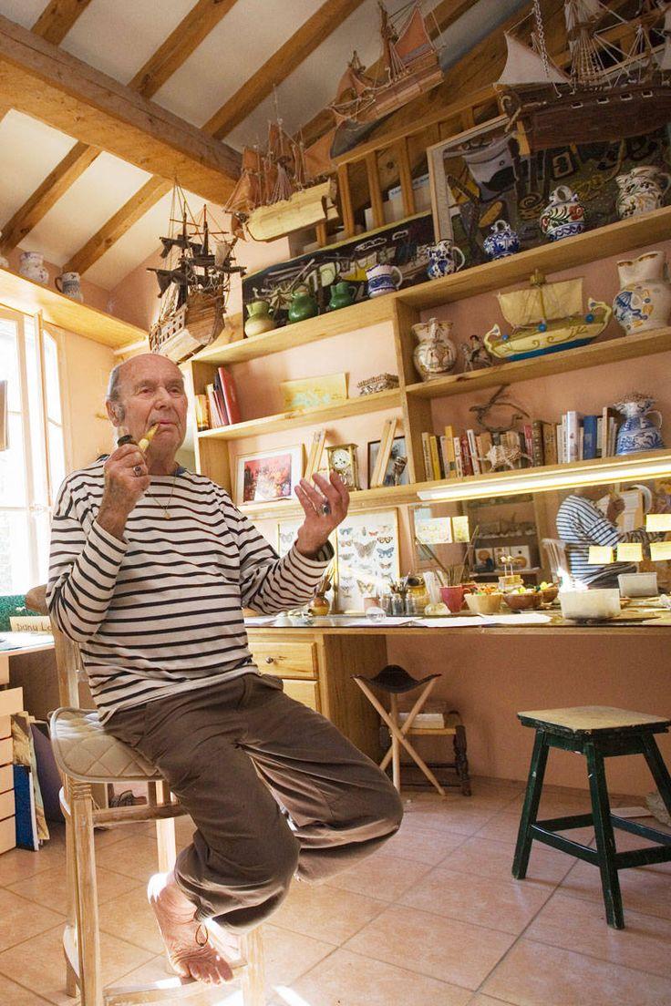 Etienne de souza designer and manufacturer of luxury cabinet - 17 Rue Etienne Berny 33 4 94 97 63 45 This Quirky Museum