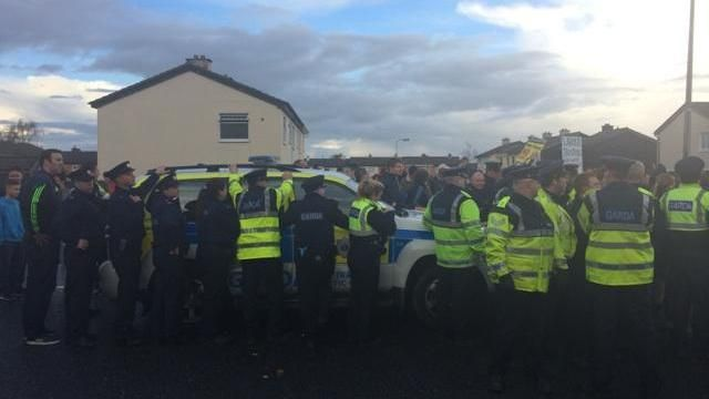 Tánaiste trapped in car by water charge protesters http://bit.ly/1zZ0bPB