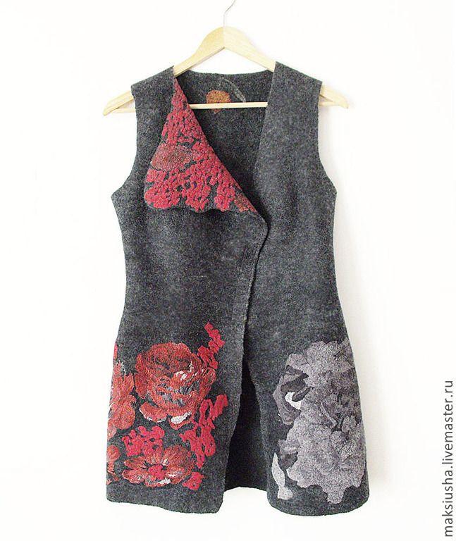 Купить Длинный жилет женский валяный Красные цветы - длинный жилет, Жилет…