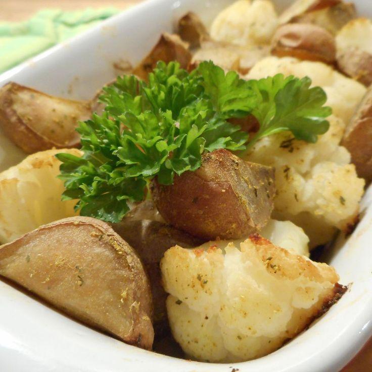 Bloemkool-kerrie schoteltje / Aardappels / Hoofdgerechten / Recepten | Hetkeukentjevansyts.jouwweb.nl