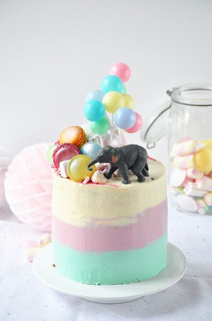 Elodie's Bakery: Circus ombre cake | Circus ombre cake et puis Bicl...