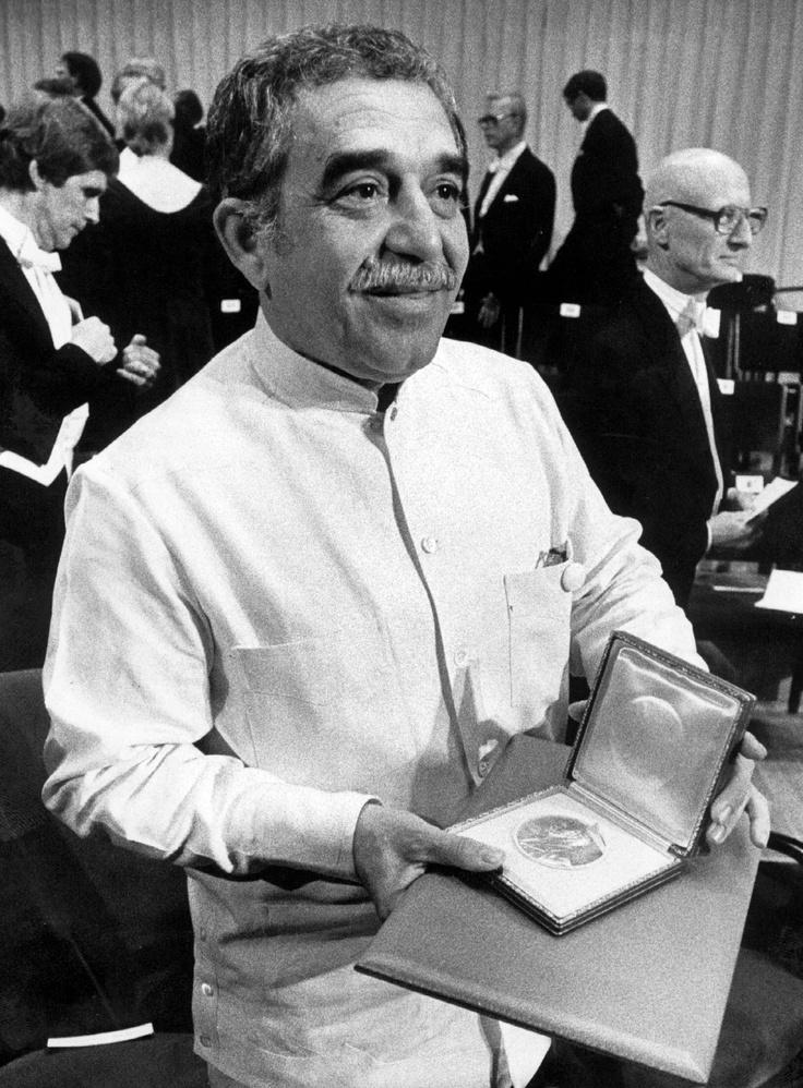 Gabriel García Márquez, tras recibir el Premio Nobel de Literatura en 1982.