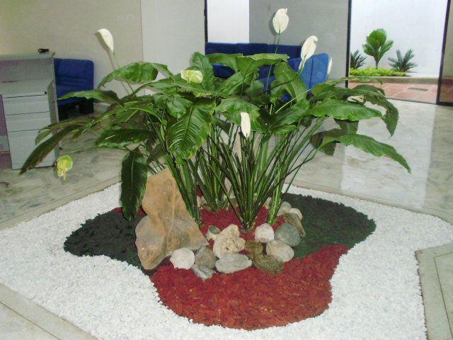 Islas para jardines peque os buscar con google dise o for Jardines pequenos y economicos con piedras