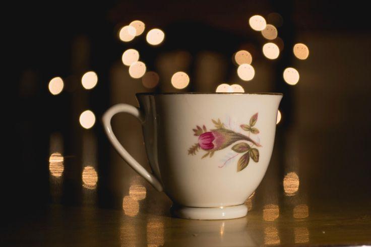 Le tulsi pour résister au stress Le thé Tulsi est excellent pour accroîtrela capacité de notre organisme à s'adapter au stress. Lorsque je me retrouve au coeur d'une tempête d'événements…