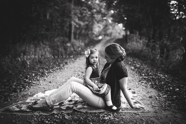 Mom with Toddler Daughter Photography
