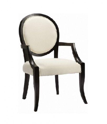 Элегантное кресло с изящным черным каркасом и восхитительно белой обивкой смотрится очень воздушно, почти невесомо. Изогнутые ножки, оригинальный дизайн и удачное цветовое решение освежат и украсят любой интерьер. А удобные подлокотники, мягкое сиденье и спинка позволяют сидящему чувствовать себя комфортно и уютно. Home Boutique – первая линия мебели DG HOME, которую характеризуют высокое качество, функциональность и  выразительный дизайн.  Большой выбор тканей и дерева, всевозможные размеры…