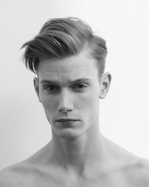 Cut Men S Graduated Cut With Side Part And Long Interior