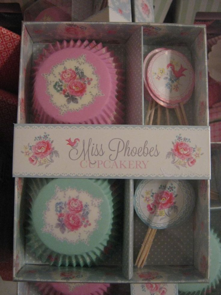 Greengate scatola pirottini per cupcakes Cupcakes cases and toppers phoebes mint
