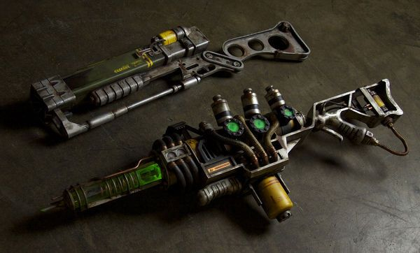 Picture of Fallout 3 weapon props