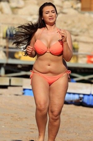 """Lauren Goodger Plans to be """"Toned, Healthy and Muscly"""""""