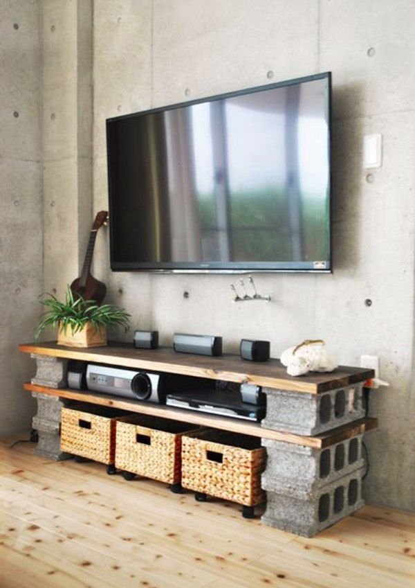 Mueble para TV con bloques de cemento