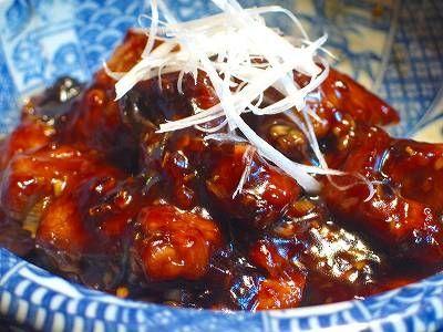 黒酢が決め手!肉だけで作る黒酢豚のレシピ