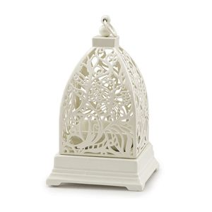 With beautiful etchings of butterflies in flight, this chic Warmer will transform any space into an elegant oasis.