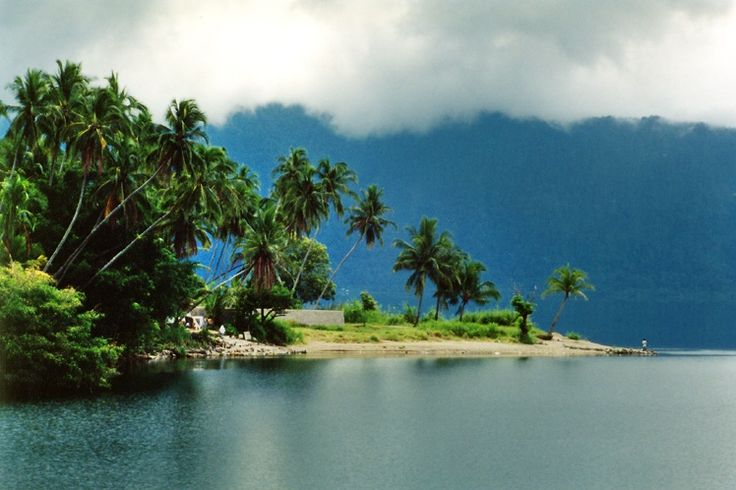 Lake Maninjau, Bukittinggi, West Sumatra, Indonesia ♥