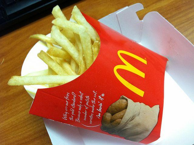 """McDonald's Says 'No' to GMO Potatoes"" via Rodale News http://www.rodalenews.com/mcdonalds-gmo-potatoes"