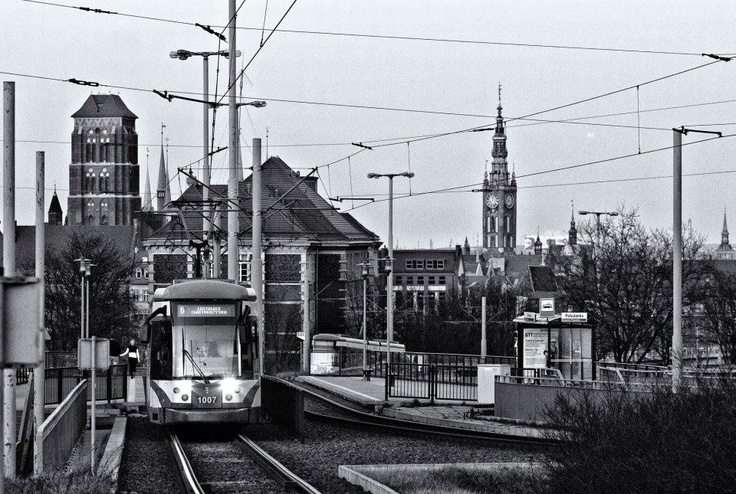 Tram in Gdansk, Poland, photo by Wojtek Ostrowski